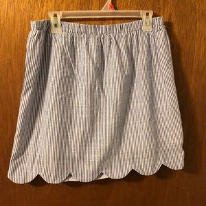 Dresses & Skirts - NWOT Scalloped Seersucker Skirt